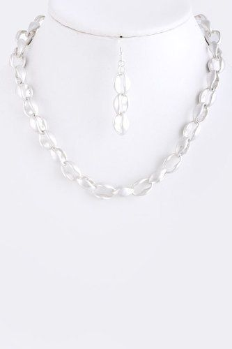"""Silver Chain Link Statement Necklace - Matted Silver Oval Chain Necklace StarShine Jewelry. $20.80. Lobster claw clasp with 3"""" extender. Oval chain link necklace. Lead compliant. Length approx 15"""""""