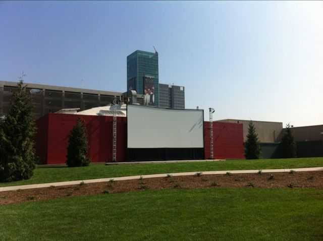 Oscars Outdoors: New Open-Air Movie Theatre Will Screen Flicks Under Summer Skies