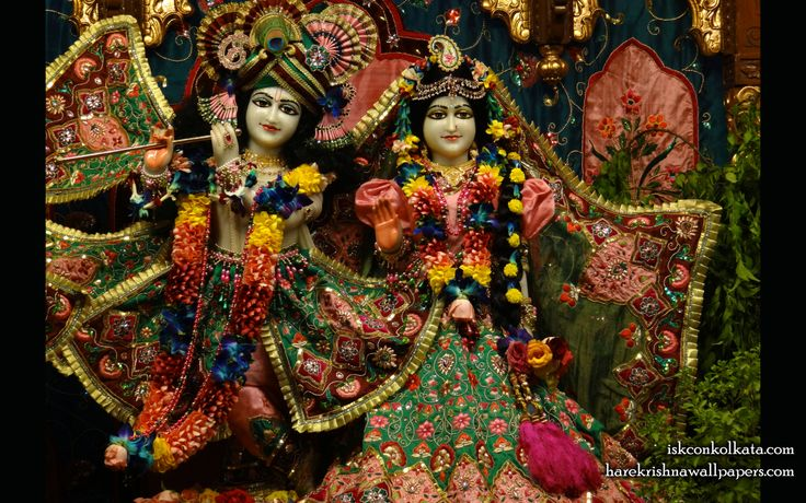 To view Radha Govinda  Wallpaper of ISKCON Calcutta in difference sizes visit - http://harekrishnawallpapers.com/sri-sri-radha-govinda-iskcon-calcutta-wallpaper-005/