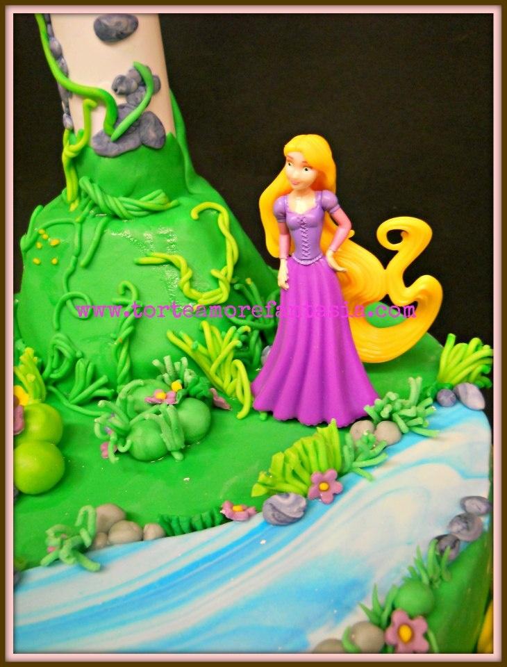 Rapunzel cake www.torteamorefantasia.com