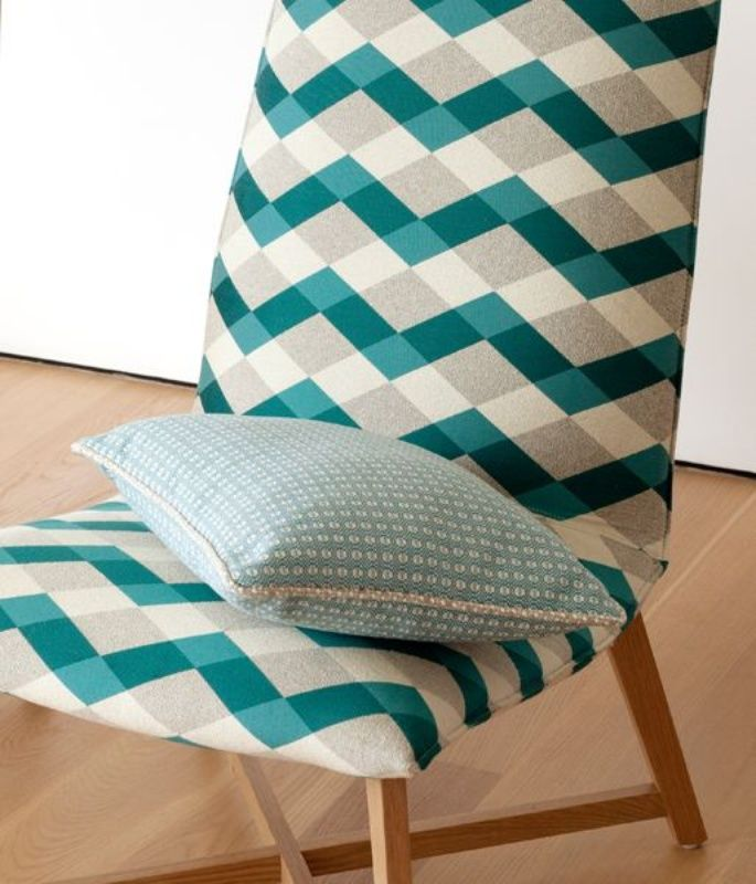 photo of Beach Towel 10512 Teal 403 in situ