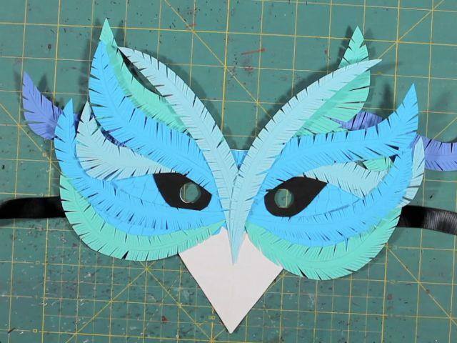 DIY Bird masks | DIY paper mask Corinne Leigh thumb.jpg
