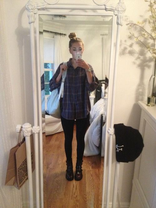 very simple ootd for school: leggings, brandy melville flannel, urban outfitters boots :~)