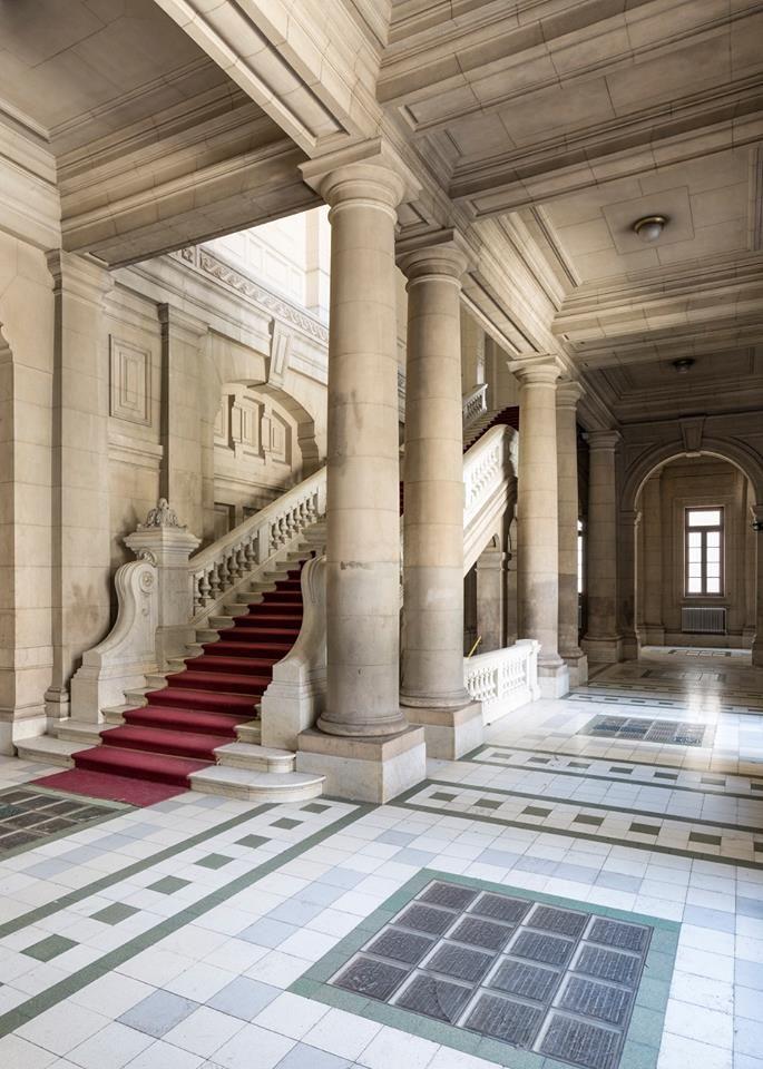 Hall de entrada del Colegio Nacional de Buenos Aires (CNBA) - Monumento Histórico Nacional-Buenos Aires - Argentina