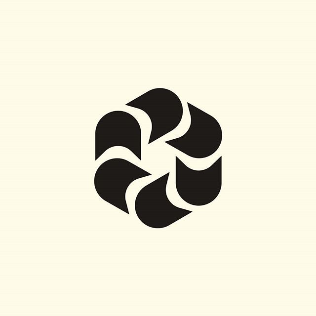 Sailing Regatta Event in Moscow Olympics, Tallinn    Designer: Unknown    Year: 1980    Country: Estonian SSR    #sovietlogos