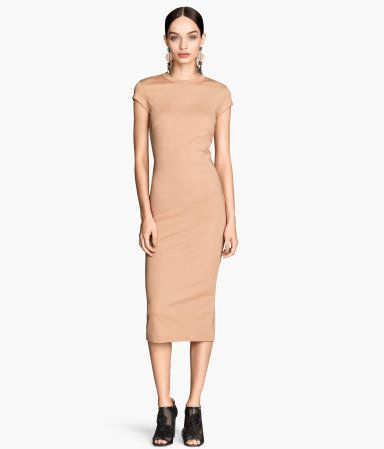 Fitted, calf-length dress in glossy jersey| H&M Trend