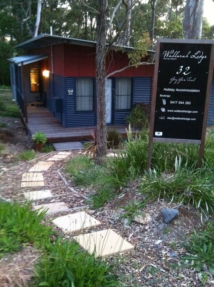 Stay at Wallarah Lodge for a holiday at Murrays Beach and do as much or as little as you like. Will sleep comfortably up to 9 guests.