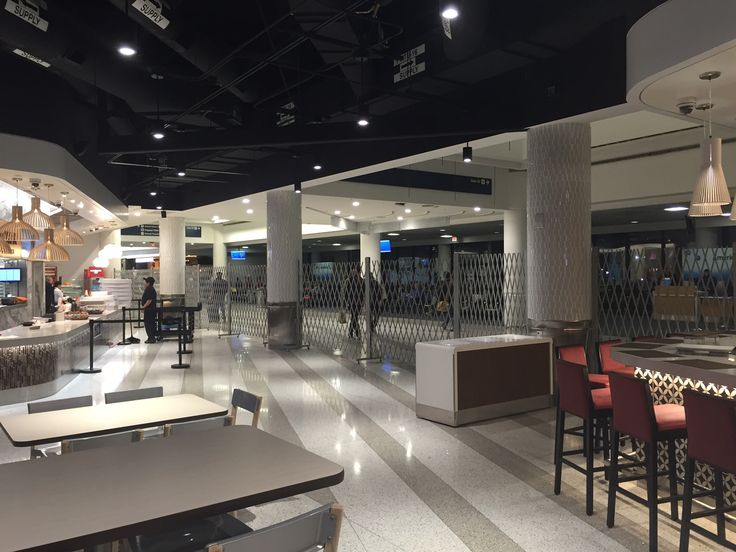 PREMIUM GRADE PORTABLE BARRIERS INSTALLED AT WOLFGANG PUCK'S RESTAURANT AT LAX