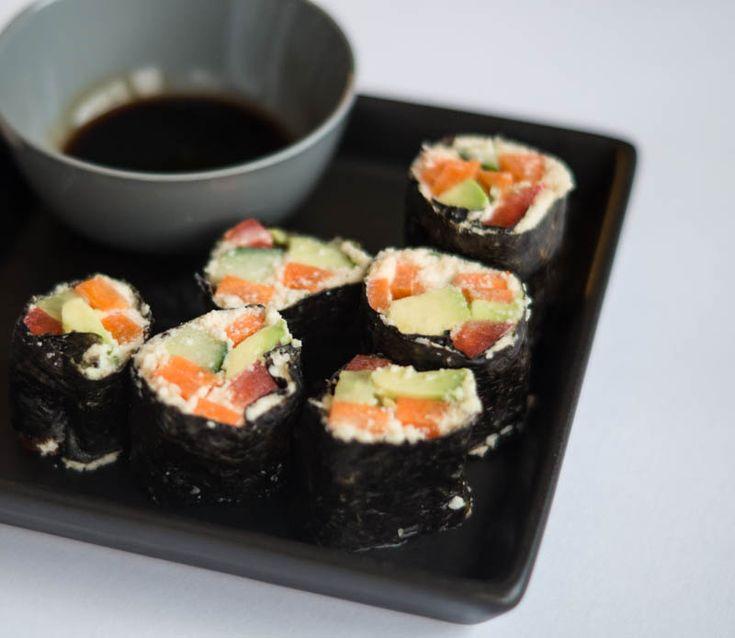 Sushiopskrift uden ris men med blomkål i stedet. PCOS venlig sushi :-)