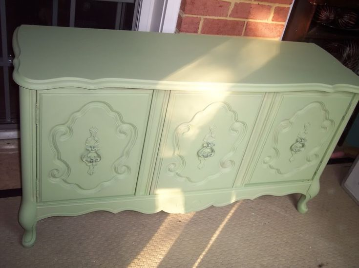 bought some cheap furniture at garage sales i want to re paint them this color - Celadon Paint Color