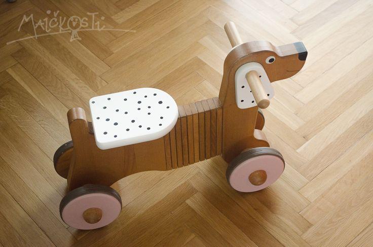 renovace dřevěného pejska / wooden dog renovation