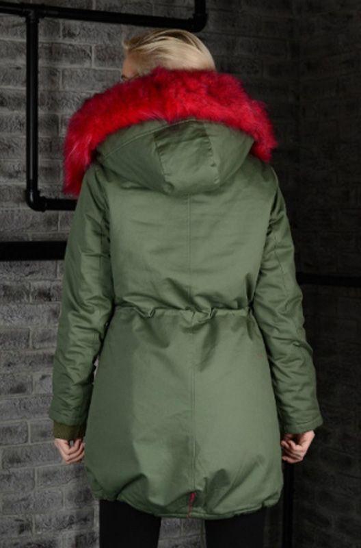 Зимняя куртка-парка BOGNER розовая фуксия. цвета хаки. Парка выполнена из итальянского материала, по итальянским лекалам, состав ткани хлопок, с защитной пропиткой от влаги и грязи. Опушка - ЭКО - искусственный мех с технологией живого волоса лисы.