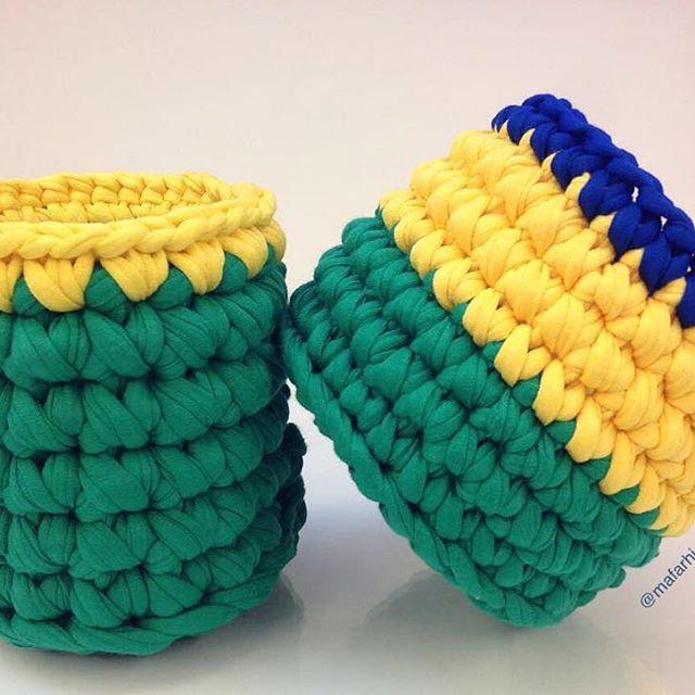 Ouro pro Vôlei Brasil!!!! 🏅🏅 🎉🎉🎉🎉 #brasil #brazil #volei #voleimasculino #rio2016 #timebrasil #olimpiadas2016 #trapillo #cestos #fiodemalha #verde #amarelo #azul #tshirtyarn #handmade #crochetting #handmadecrochet #crochet #feitonobrasil
