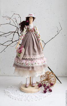 Купить Интерьерная кукла тильда Полина, текстильная кукла - бежевый, тильда, кукла ручной работы ♡