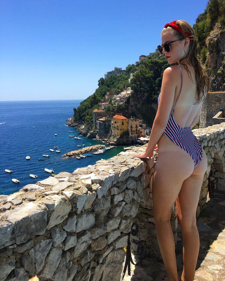 capri island nude girls