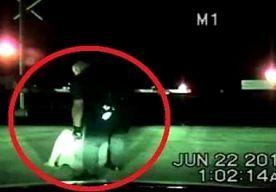 24-Jun-2014 7:23 - AGENT SLEEPT WANHOPIGE VROUW VAN RAILS NET VOOR TREIN KOMT AANGEDENDERD. Ja meneer, er zijn nog helden. Neem nu politieagent Ramon Morales (27) uit Richmond. Hij redde het leven van een schijnbaar wanhopige vrouw....
