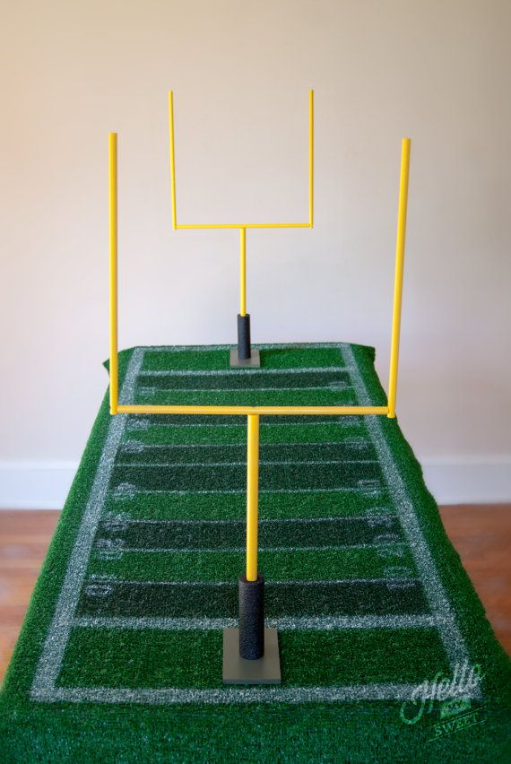 Football Goal Posts Party Table Decorations by HelloMySweet