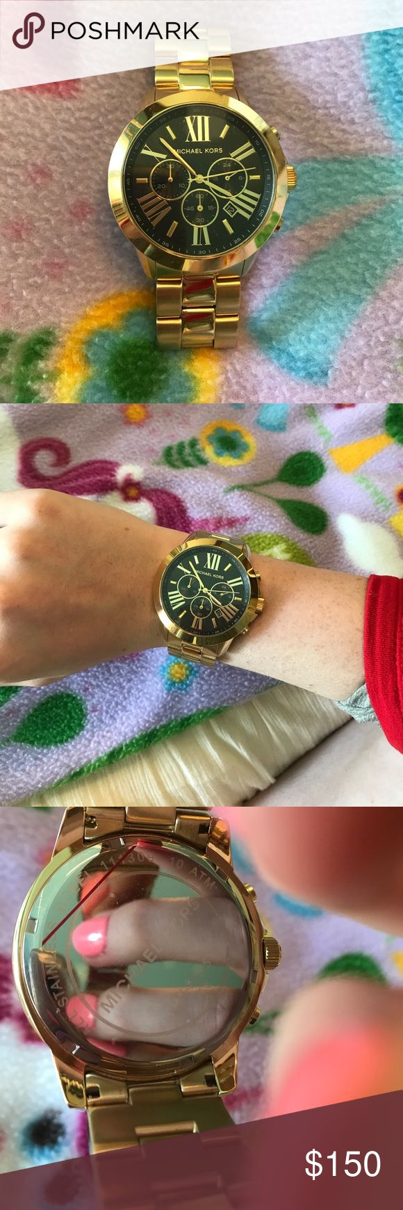 Michael Kors Oversized Boyfriend Watch Only worn twice, perfect condition. No scratches or wearing. Still has plastic covering on the back of the watch. Needs new battery. Make an offer!! ♥️♥️ Michael Kors Accessories Watches