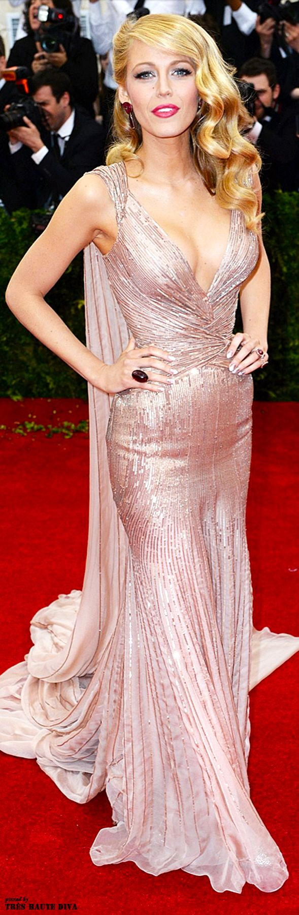 Modern Goddess / karen cox.  Blake Lively wore a custom-made Gucci Premiere gown to the MET Gala 2014