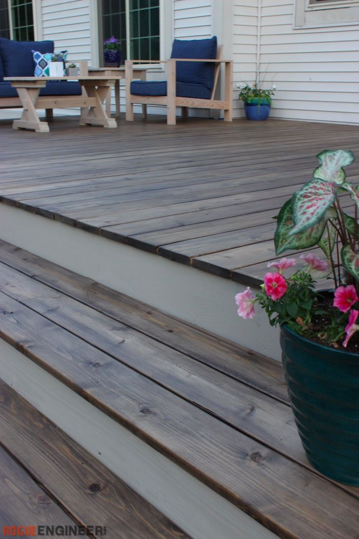 DIY Deck Stain Plans - Free Plans | rogueengineer.com #DeckStain #OutdoorDIYplans