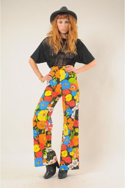 '70s Fashion - Bell Bottoms