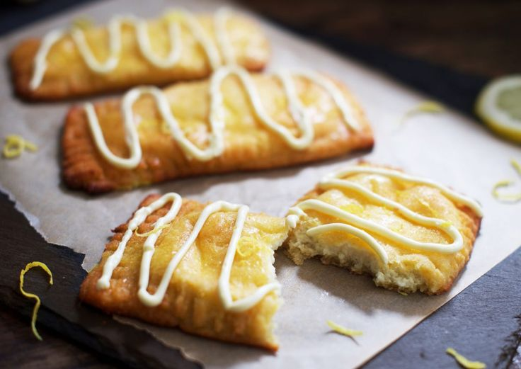 These low-carb lemon danish pastries are so good it's hard to believe they are an appropriate choice for a ketogenic, diabetic, gluten-free, grain-free or Banting diet! These low carb lemon danish pastries have a tender golden crust with a lovely sheen. Inside the delicious exterior lies creamy lemon filling with just enough tang to offset...Read More »