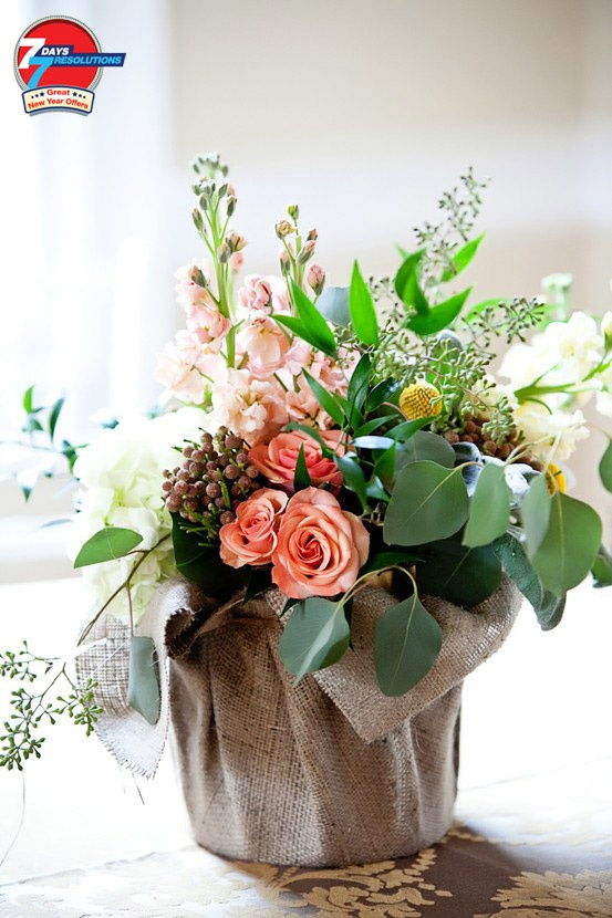 Resolution 6- Make people happy!  Send flowers to your loved ones from at ferns n petals & avail fabulous 18% off.