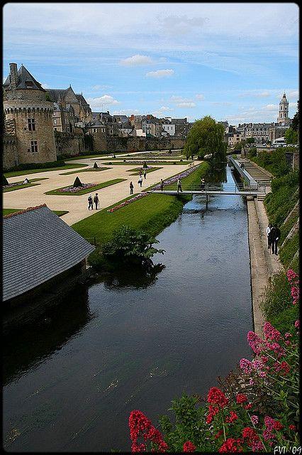Vannes, Bretagne http://vannestv.wordpress.com