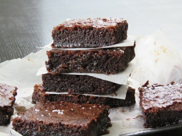 The five step milo brownie ,a mouth-watering, easy, dessert Brownie made using a malt powder we all grew up with, here's yummy Brownie to try and love.