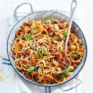 Recept - Spaghetti met gehakt en knoflookoliijven - Allerhande