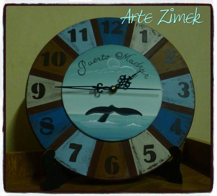 Reloj pintado a mano.Arte Zimek