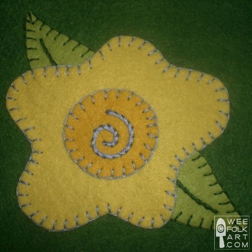 FREE Applique Patterns | Wee Folk Art  @Stacey Hansen check out the flower options here...