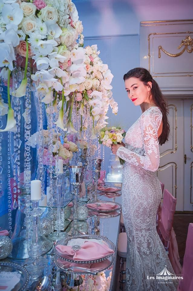 Wedding Dress - Natalia Vasiliev Couture Wedding Dress Wedding Setting Inspiration Dream decor by Vanilla Events Photo: Les Imaginaires