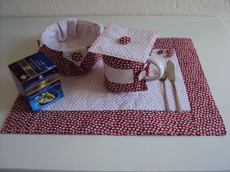 Kit individual para cha - cestinho biscoitos, protetor e abafador de caneca e toalha americana