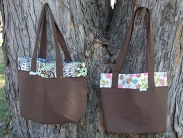 I love these tote/diaper bags!!