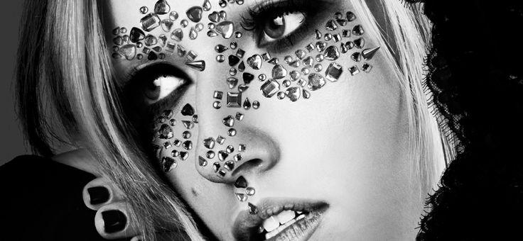 #vogue #elle #moda #foto #stylizacja  http://anatodorov.com/  Zdjęcie z sesji (CZAR) NY Haute couture.