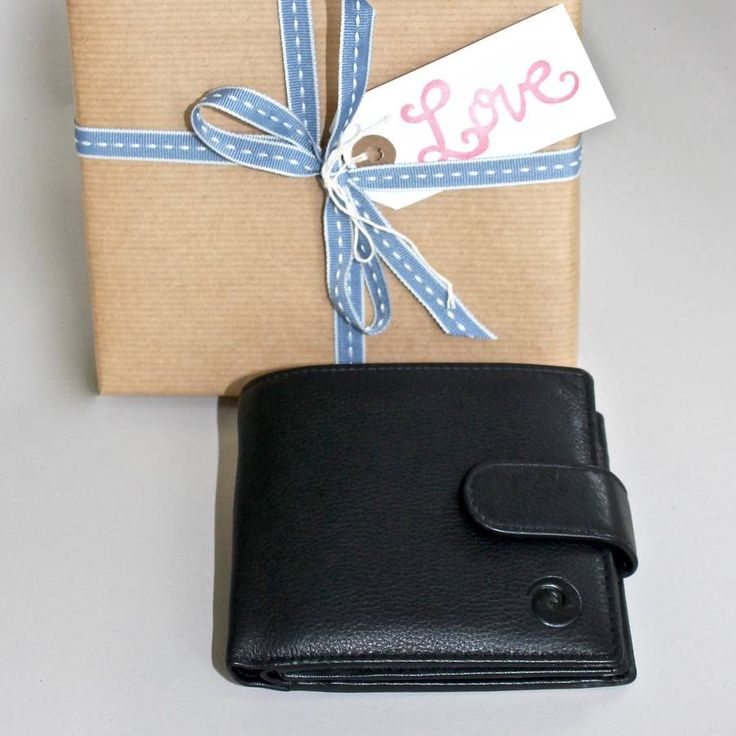 Are you interested in our black leather wallet ~ RFID protected? With our 3rd wedding anniversary leather 21 birthday you need look no further.