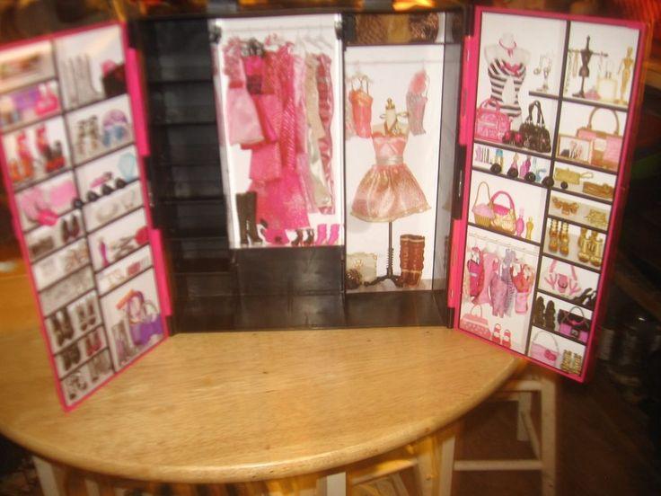 Barbie wardrobe Case 2011