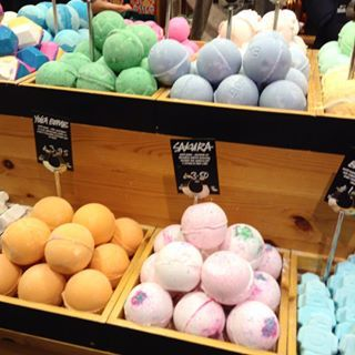 The freshest bath bombs are always at the bottom of the pile. | 22 Secrets Lush Employees Will Never Tell You