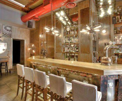 The bar-Ξεχωρίζει για το προσωπικό του στυλ και το φίνο design του