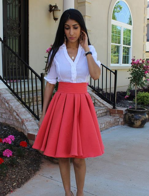 Box pleated circle skirt. This is an awesome tutorial from a very talented sewer/teacher/fashionista!                                                                                                                                                                                 More
