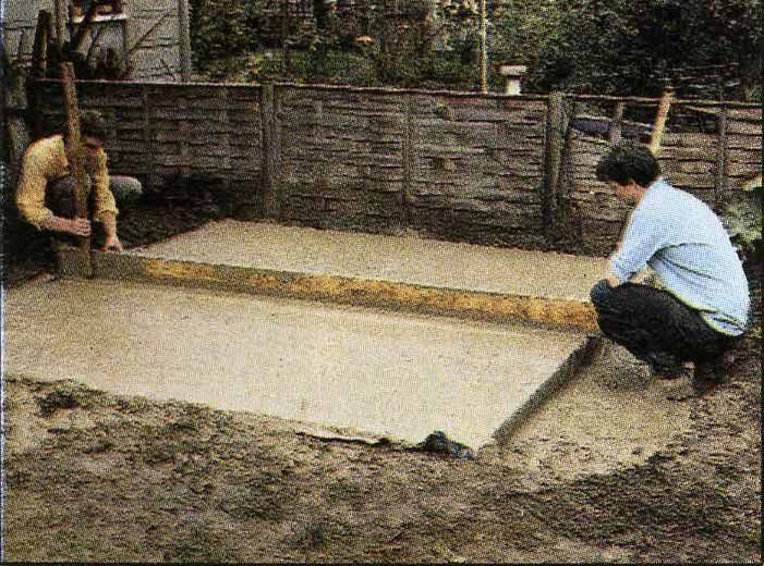 Tamping down the concrete
