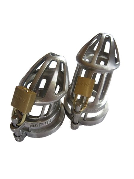 The BON4M Plus provides you with 2 beautiful stainless steel cages, a small and a regular for those who are unsure of their size. #chastity #malechastity #chastitydevices