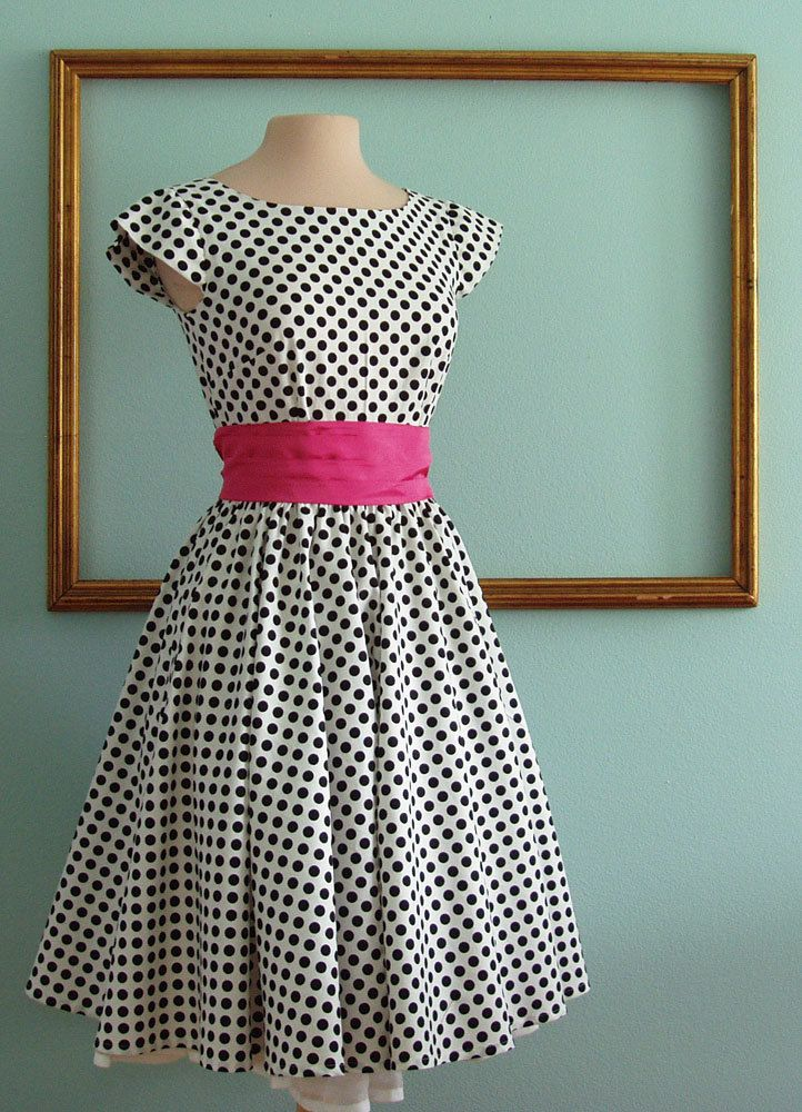 I LOOOOVE this!  50's rockabilly dresses, retro style bridesmaids dress, modest clothing with sleeves
