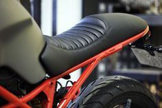 CafeRacerDreams: Ducati Monster 695 by Cafe Racer Dreams