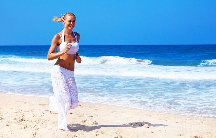 http://www.q8rashaqa.com/en/wp-content/uploads/2013/03/healthy-woman-running-on-the-beach.jpg