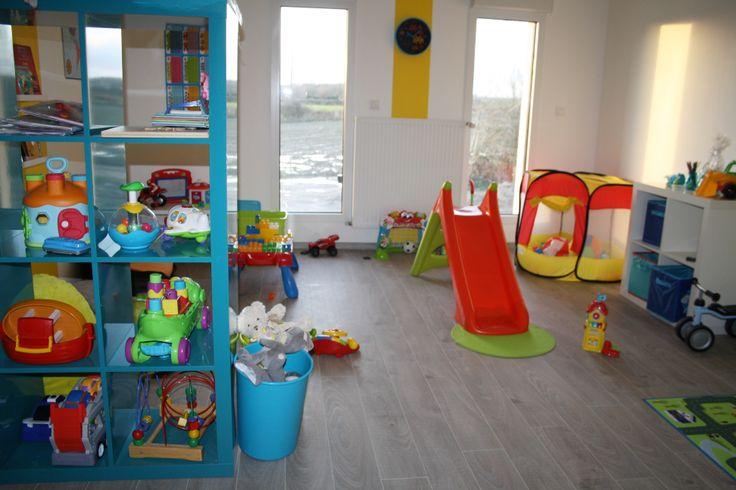 salle de jeux b b kids world playroom maison assistantes maternelles mam salle de jeux. Black Bedroom Furniture Sets. Home Design Ideas