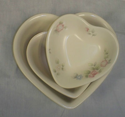 PFALTZGRAFF TEA ROSE PATTERN SET OF 3 HEART SHAPED BOWLS & 67 best Pfaltzgraff images on Pinterest | Ceramica Fiesta ware and ...