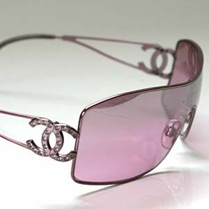 Co Co pink sunglasses: Coco Chanel, Chanel Glasses, Pink Colors, Glasses Wall, Chanel Sunglasses, Eyewear, Pink Chanel, Pink Sunglasses, Chanel Fashion