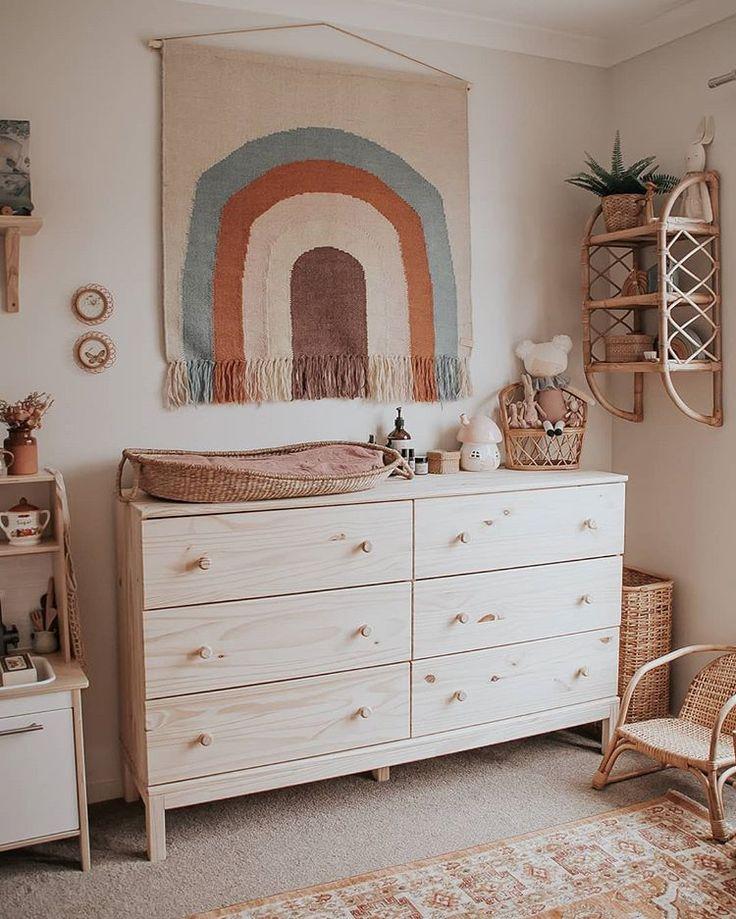 Une si belle petite chambre d'enfant par Sugar x Bohème #nursery #nurserydecor #nurse …   – baby's room